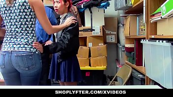 ShopLyfter - Mother and Daughter Share Security Cock