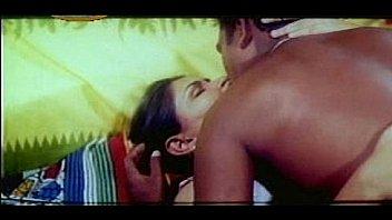 Mallu Erotic Scenes Compilation [courtesy:http://spicymasalavideos.blogspot.com]