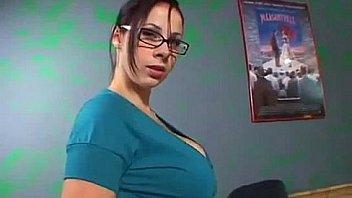Big Titted Gianna Michaels gives a hard handjob to make him cum