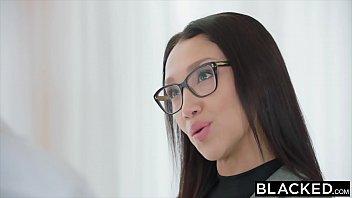 Asian reporter Trisha takinagua takes Big black dick