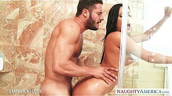 Stockinged babe Gianna Nicole fuck in bath