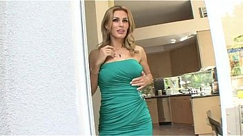 Hot aunt seducing nephew - more videos on www.amateurcams.cf