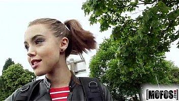 Mofos.com - Zoe Doll - Stranded Teens