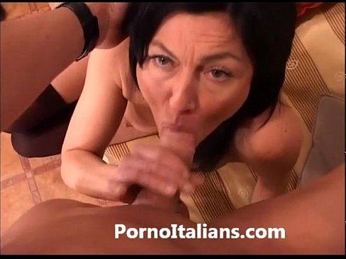 Troia italiana matura si fa riempire dal suo nuovo bull 7