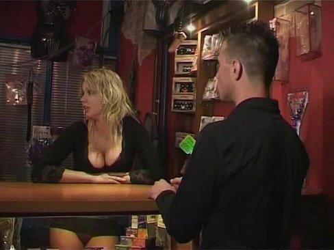 Vanessa hudgens blowjob