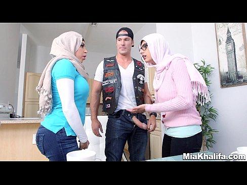 Arab big tit fuck