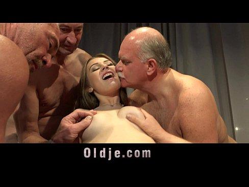 Amateur Naked Midget