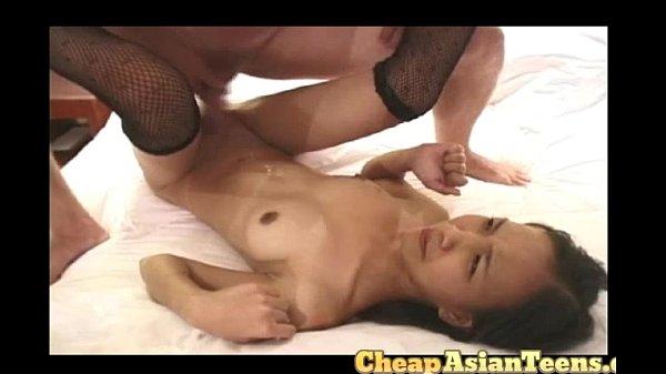 ann-skinny-flat-chested-whore-masturbation