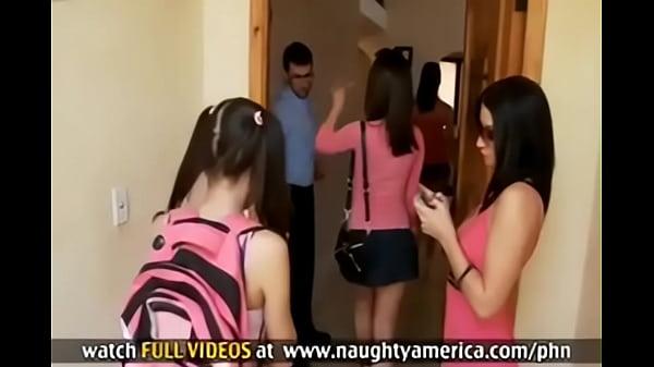 4 Girls One Dick - 4 girl 1 guy James Deen - XNXX.COM