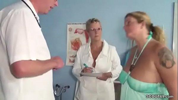Wenn Der Frauenarzt Die Mutti Fickt Bei Der Kontrolle Xnxxcom