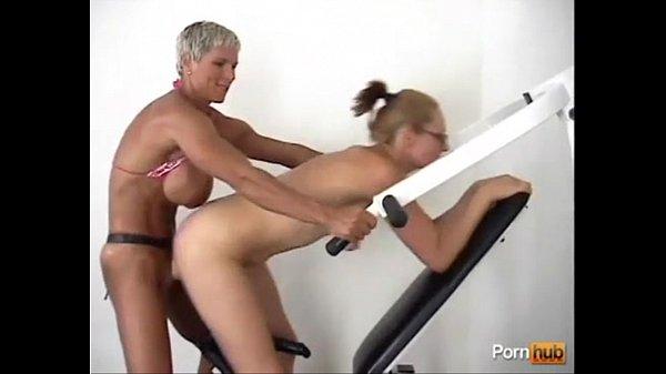 Muscle bound women porn