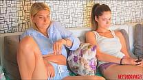 Watch ️Meine Mitbewohnerin und ihr BF hier? Er macht mich geil_... üppige Ohibib #pussy #ass #liebe #großbobs #ohmibod #lush #cum #fuckme #interactivetoy #boobs #wet preview