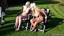 Blonde MILF bei privaten Party MMF Dreier mit 2 Mega Schwanz Typen - German MILF