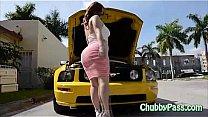 Watch Big-ass gal tries to fix car preview