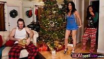 Naomi Woods and Starri Knight threesome's Thumb