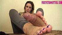 Brunete feet_cumshot_- foot fetish hotties com Thumbnail
