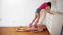 Scarpe rosa per schiacciarti Thumbnail