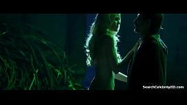 Nude girl havig a oeriod video