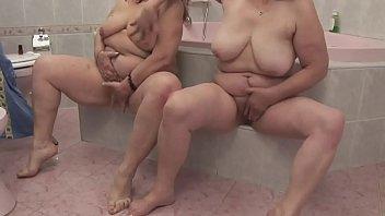Wahrend ich die dusche, meine...