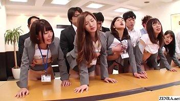 Groupe Asiatique pleurnicher baise
