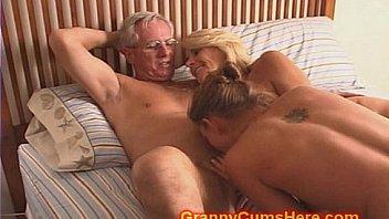 swinger forum granny anal porn