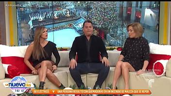 Rashel Diaz upskirt Un Nuevo Dia(12 14 2017)
