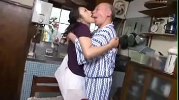 Japanese Kissing Man - 8641304 480p 00 07 00-00 31 00 - XNXX.COM