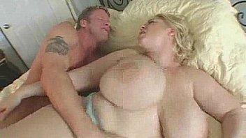 Big Tit MILF Samantha 38G