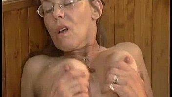 Vieille Mamie sexe anale