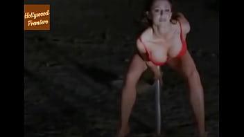 Fucking an alien slut