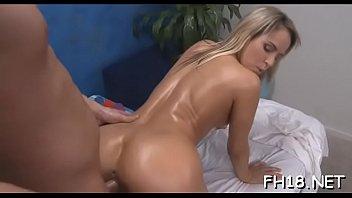 Amatuer Girl Nude Ass