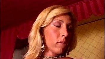 Friend mom youjizz videos tube ixxx XXX