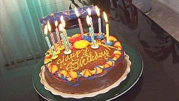 wildlife happy 18th birthday to me 02 scene 3