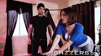 Www Brazzers Xxx Gift Copy And Watch Full Krissy Lynn Video