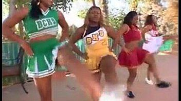 Dancing lyric queen teen