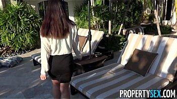 PropertySex - Bandante agent immobilier eclate, regarder du pornoo