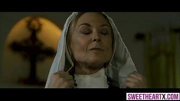 blonde-nonne-porno