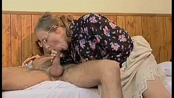 granny betsy giving jos a nice blowjob