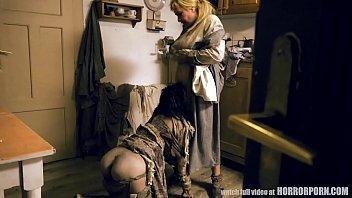 Skore mor og hendes to...