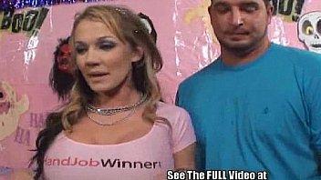 Nikki sexx handjob