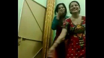 Punjabi Indian Girls Naked In Hostel Room - DesiPapa com - XVIDEOS