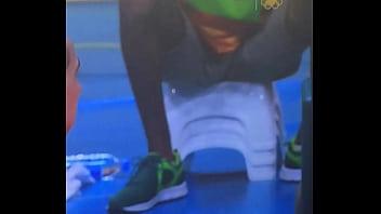 mexican can 039 t resist to black bulge jugador no se resiste a mirar un bulto