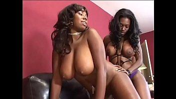 Nyomi Banxxx pornoskutočný MILF Sex klipy