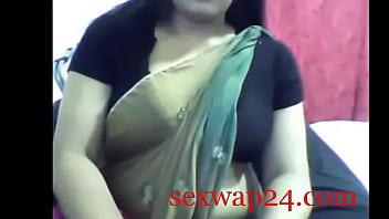 Escort girls in Sari