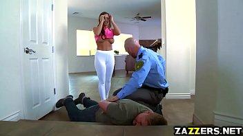 Cop pik knepper Abigail Mac...