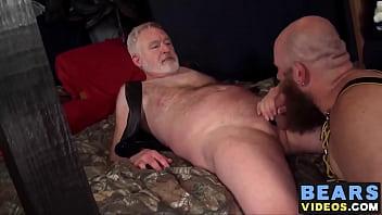 Oma anaal neuken Porn