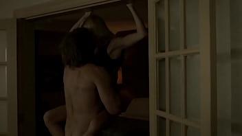 Laura Vandervoort – Bitten S02E01