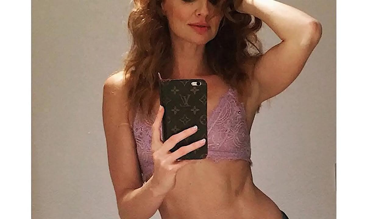 Actriz Porno Sale En Lqsa cristina castaño de toy boy muy sexy en sus redes sociales