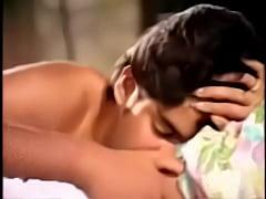 Play short 3GP - Silk Smitha Scene With A Small Boy Layanam (a2z3gp.com)