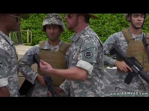 Gayporno солдат
